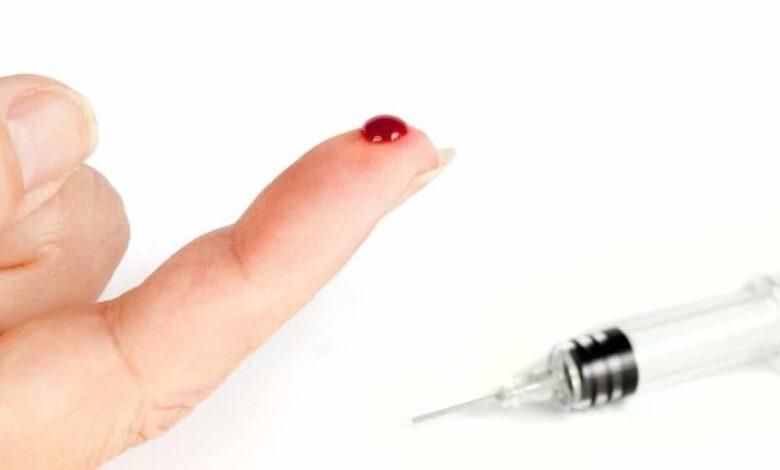 أهم 4 ميكروبات تمثل خطورة عند التعرض للوخز بإبرة طبيّة مستعملة، فما التصرف السليم؟