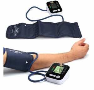 هناك أنواع عديدة من أجهزة قياس ضغط الدم التي يمكن استخدامها في المنزل بسهولة