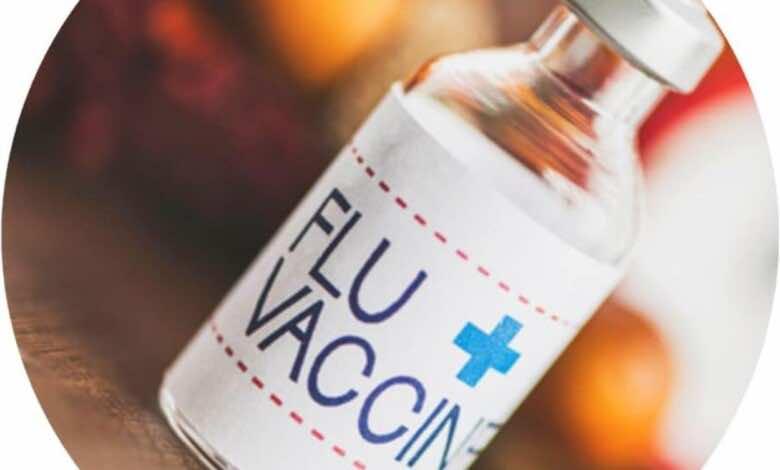 يُنصح بتناول لقاح الأنفلونزا الموسمية في أشهر الخريف