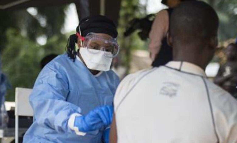 منظمة الصحة العالمية تراقب بقلق عودة انتشار فيروس إيبولا بأفريقيا.. فهل له لقاح أو علاج ناجح؟