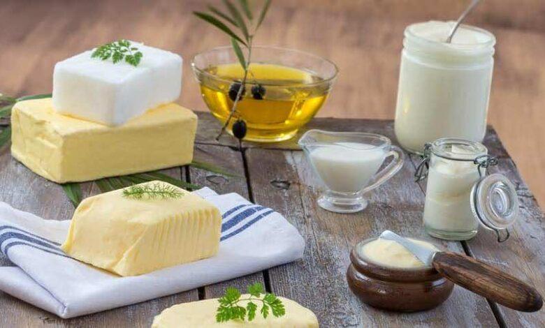 ما الأفضل لصحة أسرتك: الزبد والسمن أم الزيوت؟ وما أصح الدهون للطهي؟ (التوصيات البريطانية)