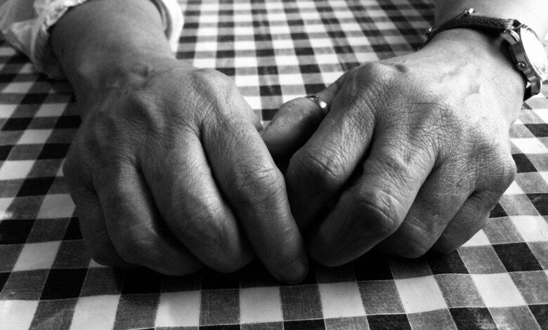 5 علامات مبكرة لمرض الروماتيزم (التهاب المفاصل الروماتويدي)