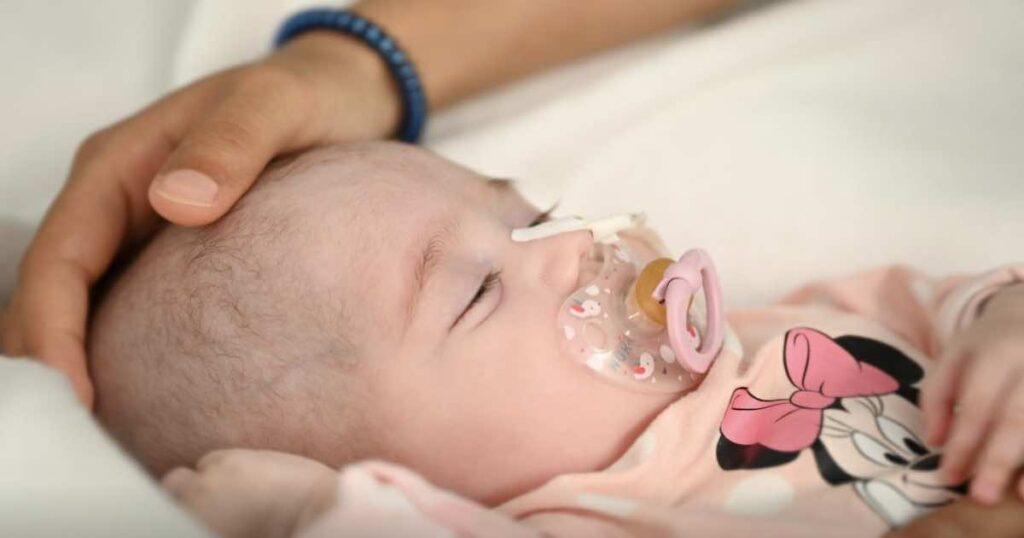 زراعة القلب من متبرع بفصيلة دم مختلفة تنقذ طفلة إسبانية في جراحة هي الأولى من نوعها - رويترز