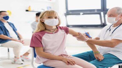 الولايات المتحدة تصبح ثالث دولة ترخص تطعيم كورونا للأطفال بعمر 12 عام وأكبر - كوفيد-19