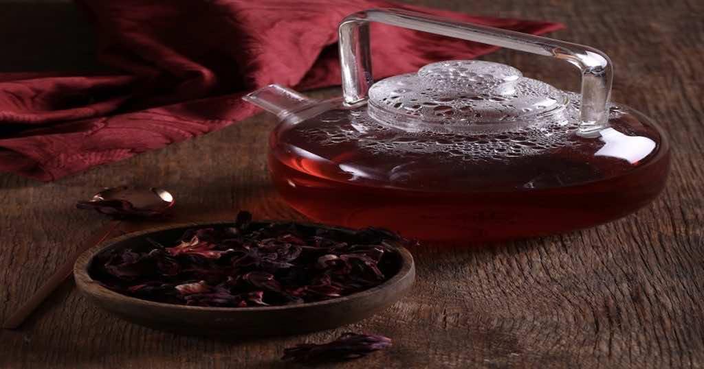 تأثير مشروب الكركديه على ضغط الدم لا يختلف في حالة تناوله ساخنا أو باردا