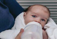 لأول مرة يتمكن العلماء من تصنيع حليب الأم في المعمل وتوقعات بمواعيد توفره - الرضاعة الطبيعية