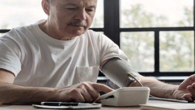 علاج ضغط الدم المنخفض بعد الاكل | 4 نصائح طبية هامة