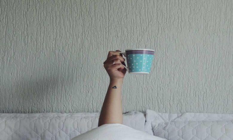 الاستيقاظ مبكرا ساعة واحدة يمكنة أن يقلل احتمالات الاكتئاب بنسبة حددتها دراسة جديدة