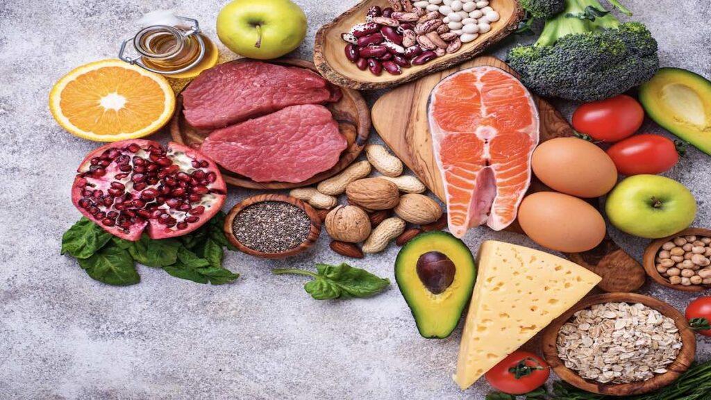 لمحاربة السرطان .. يحب أن تهتم بتناول أغذية متنوعة وتزيد من البروتينات والسعرات الحرارية