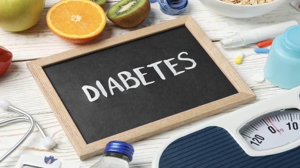 يحتاج التعايش الأمثل مع السكري إلى تحقيق التوازن بين العلاج والتغذية والمجهود الذي يبذله المريض